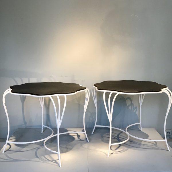 Paire de tables en fer forgé.